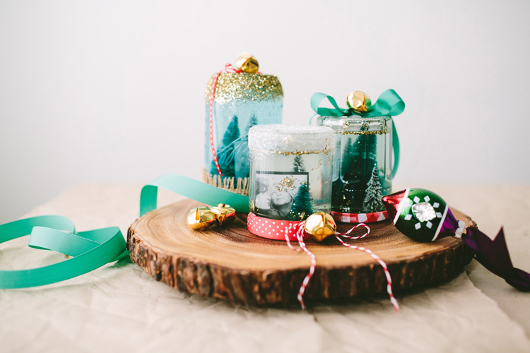 DIY Homemade Snow Globes