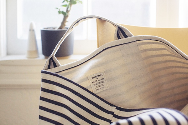 enter to win this tote from Unison + Winter Session // www.jojotastic.com #giveaway