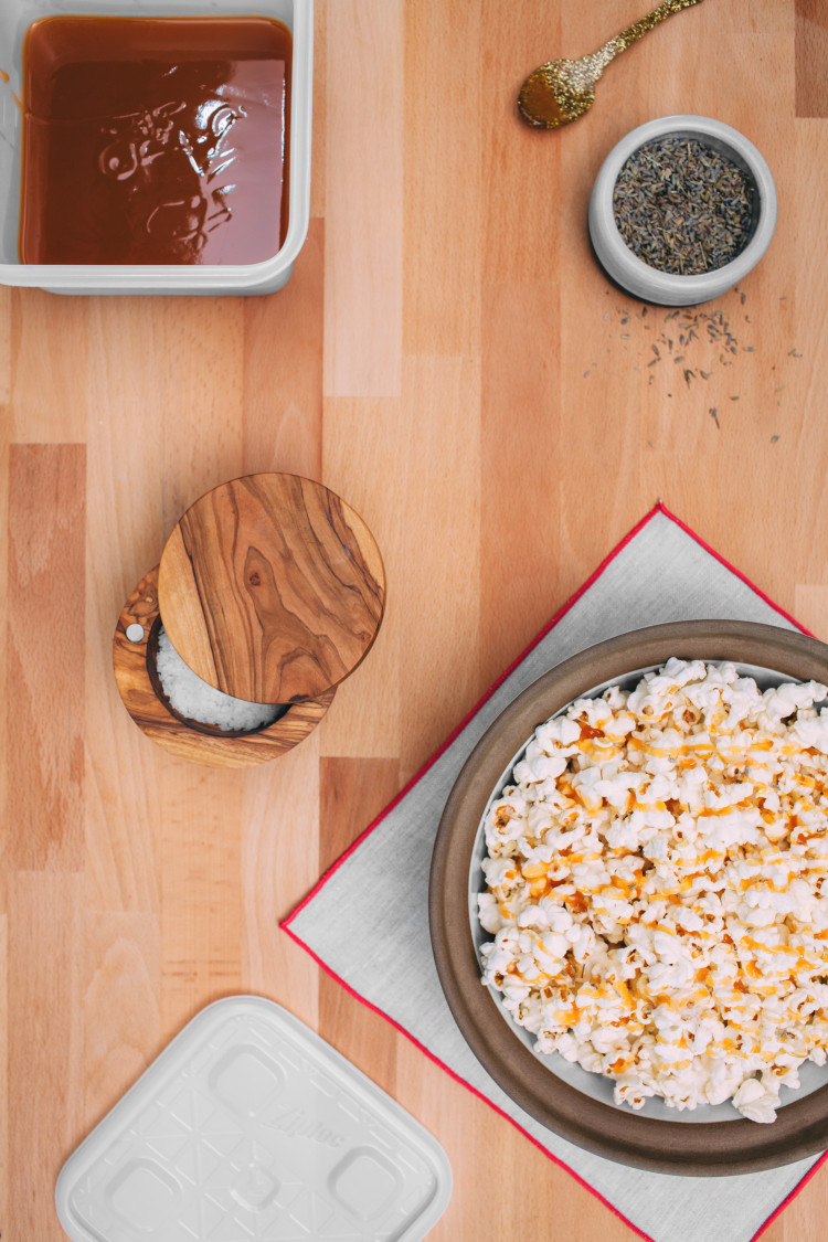 RECIPE: fancy popcorn #ziploc #holidaycollection