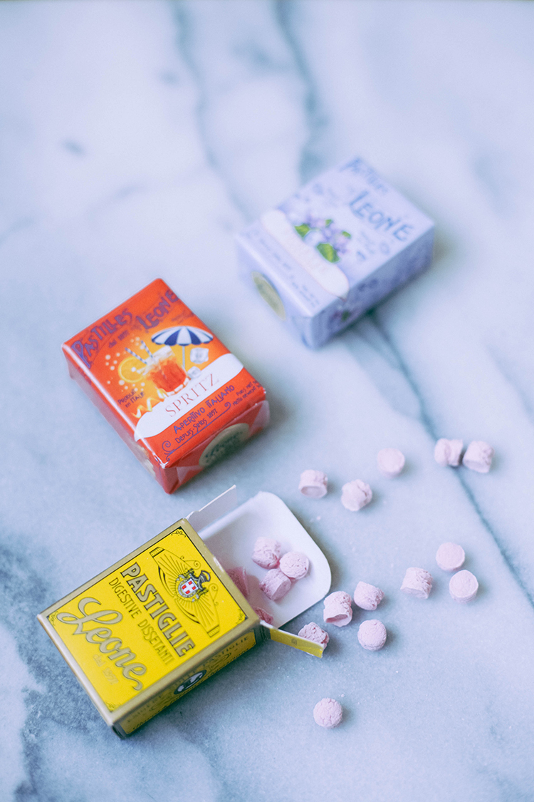 the amazing candy packaging of Holland