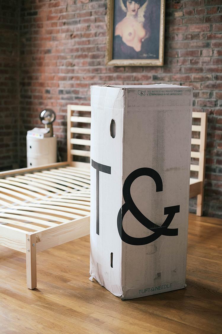 jojotastic tuft needle a giveaway. Black Bedroom Furniture Sets. Home Design Ideas