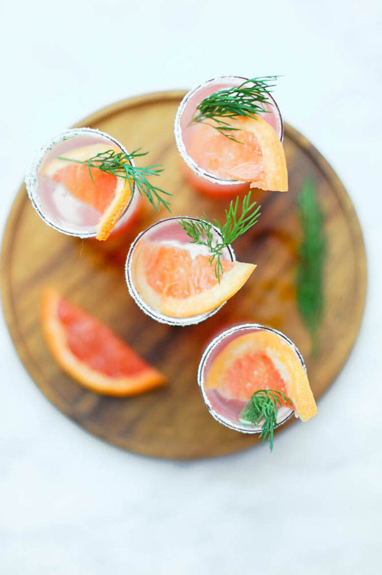 portrait of a cocktaill // grapefruit fennel fizz // www.jojotastic.com