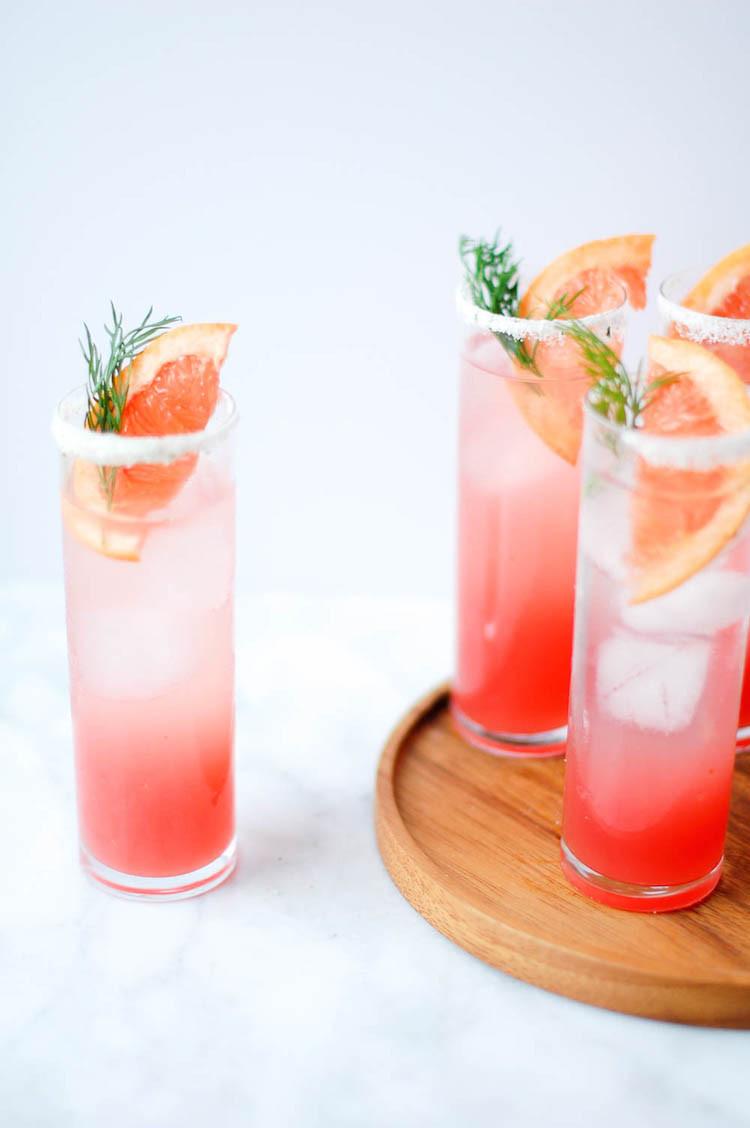 portrait of a cocktaill // grapefruit fennel fizz // www.jojotastic.com