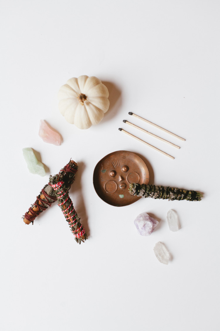 DIY Autumn Smudge Sticks // jojotastic.com