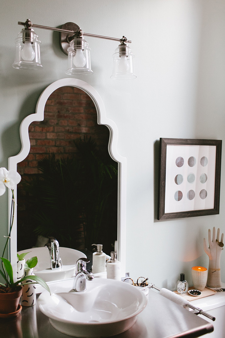 one room challenge // loft bathroom, the reveal! jojotastic.com #oneroomchallenge