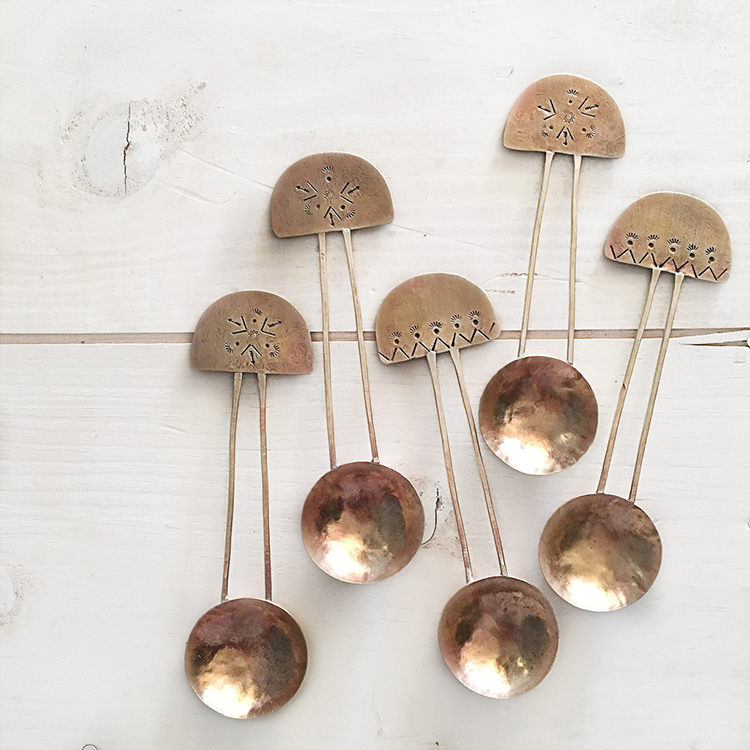 super cool bronze coffee spoons // inspiration for your friday // jojotastic.com