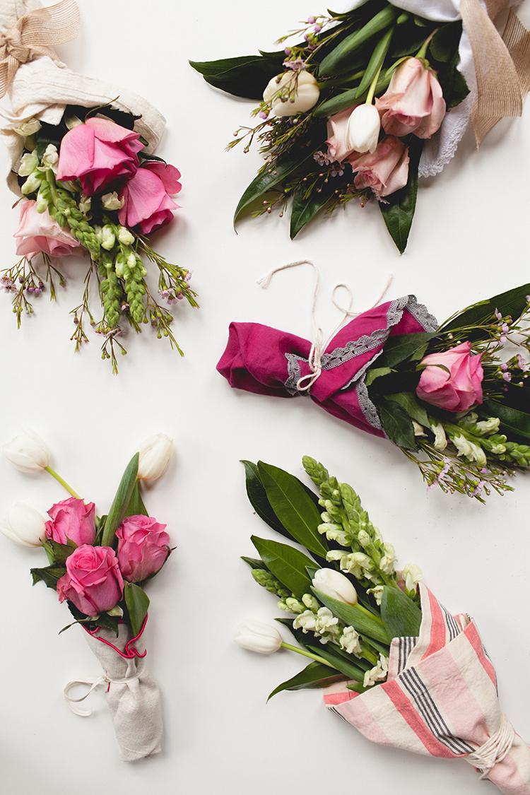 jojotastic - shoulda been a florist // mini bouquets from trader joe\'s