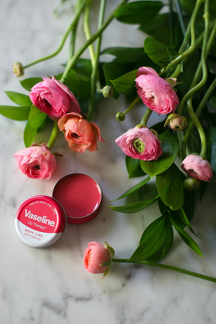 ode to an old favorite: @vaselineus — meet the new #VaselineLipTin now available in the US and the perfect must-have for keeping your lips soft and moisturized. check out more on jojotatic.com #ad
