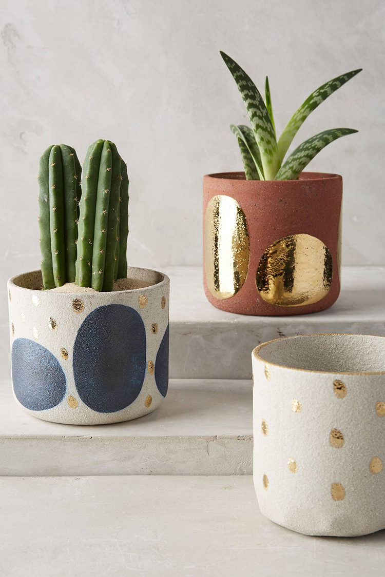 getting ready for my weekend projects and lots of gardening. sharing my favorite garden pot and planter finds today on jojotastic.com — what would you want to plant in them?
