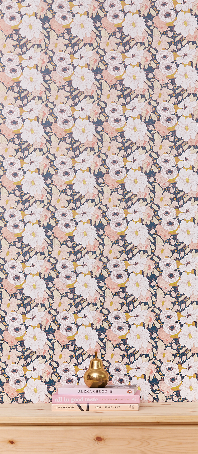 Calling all pattern lovers! I've been feeling all sorts of prints lately, from abstract to geometric to florals... check out my favorite patterns for home decor on the blog today: jojotastic.com (especially loving these floral wallpapers from @chasingpapernyc + they are removable!)