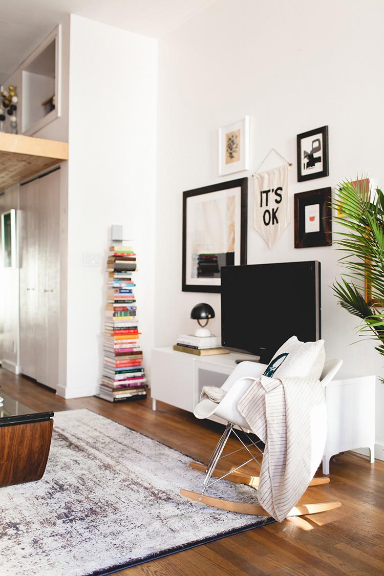 jojotastic - home tour // my Seattle loft \'living room\'