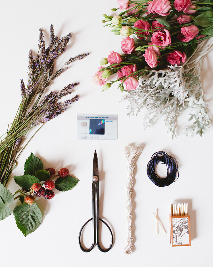 Make these summer-inspired smudge sticks to clear the energy in your home and save a little piece of summer with this fun and easy DIY! For all the steps and more fun projects with @americanexpress head to jojotastic.com. #AmexAmbassador #bluecasheveryday #sponsored