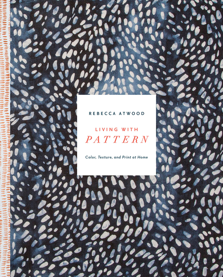 Get all of your blue and white, print and pattern, and texture inspiration from @rebeccaatwood 's new book Living With Pattern! Plus, win a signed copy via Jojotastic.com