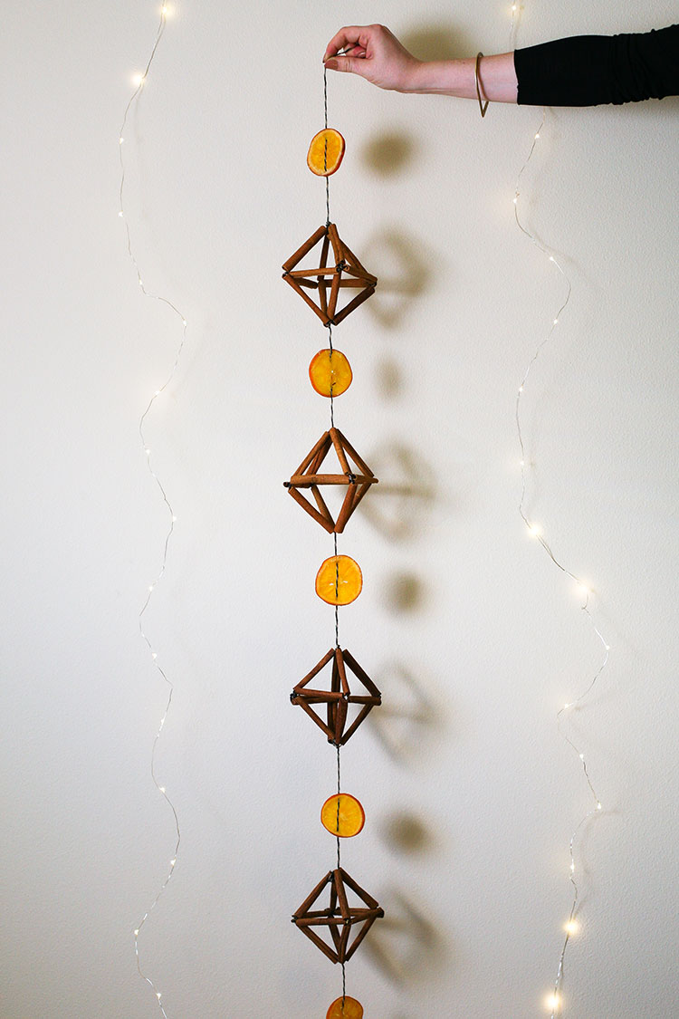 jojotastic-himmeli-and-dried-orange-garland-05