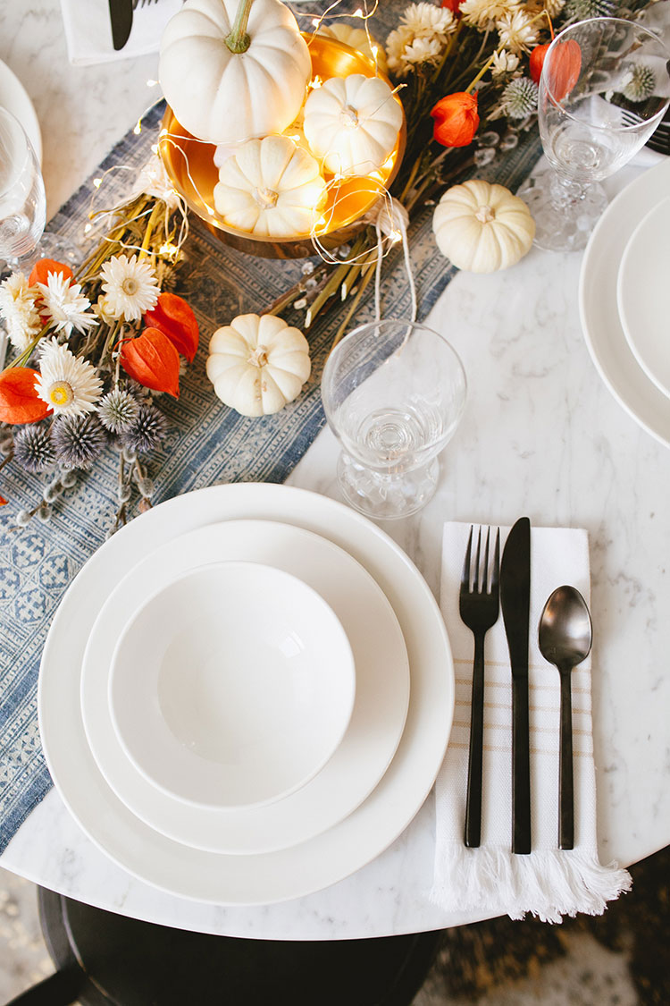 Sharing entertaining tips and tricks for fall and Thanksgiving + my new gorgeous white dinnerware and & jojotastic - my first set of matching dinnerware (aka adulthood!) + ...