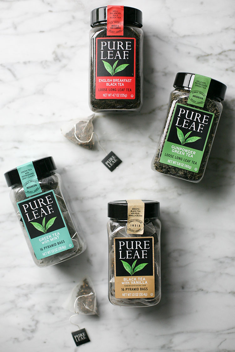 Sharing tips for taking a moment to reset during the holidays + my favorite way to get a peaceful moment with @pureleaf — read more on jojotastic.com #pureleafhomebrew #feedfeed #ad (plus find out more about a great giveaway!)