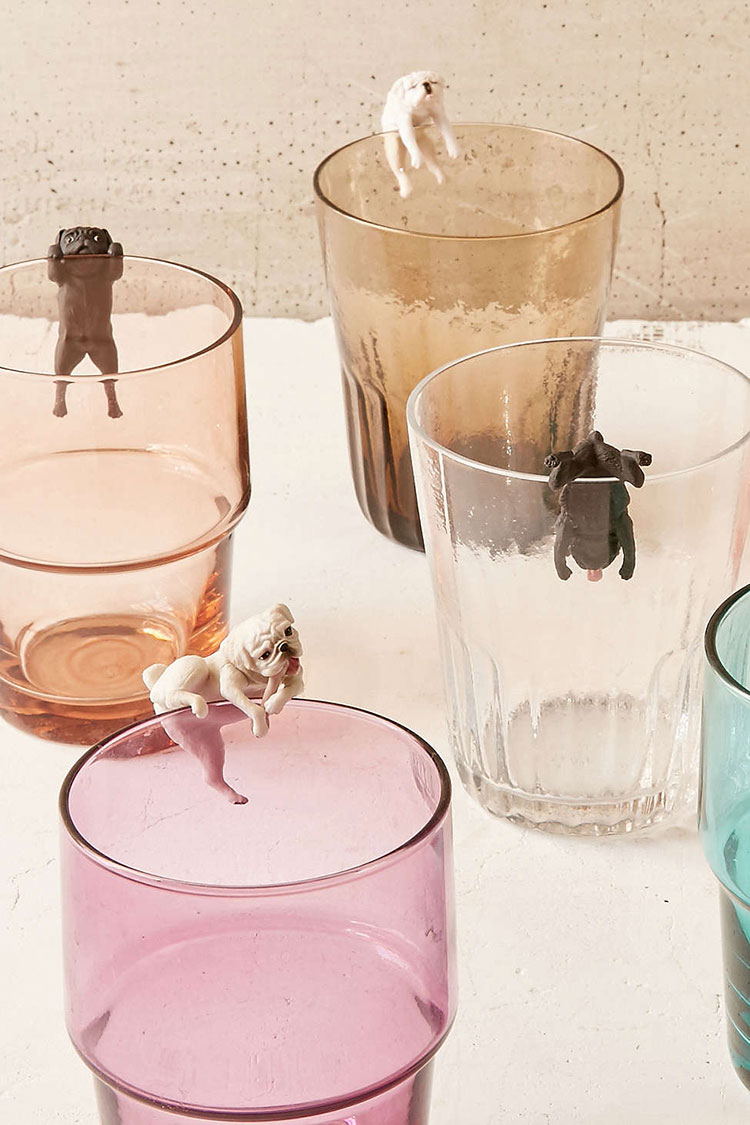 the ultimate gift guide for the dog lover in your life! lots of great gift ideas for the holiday season — jojotastic.com