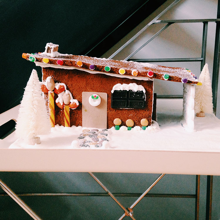jojotastic - DIY & Recipe // mid-century modern gingerbread house