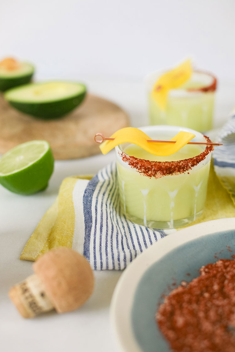 The perfect summer margarita recipe that's a little spicy: the Tropicante Margarita by @patrontequila. get the full cocktail recipe on jojotastic.com plus vote for #margaritaoftheyear #tropicantemargarita #ad