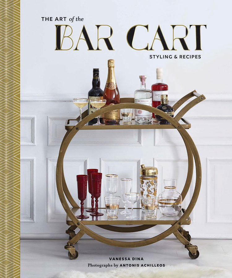 This holiday season, step up your entertaining game with tips and recipes from The Art of the Bar Cart - plus enter to win a copy with our giveaway! More details on jojotastic.com with @chroniclebooks and @craftandcocktails
