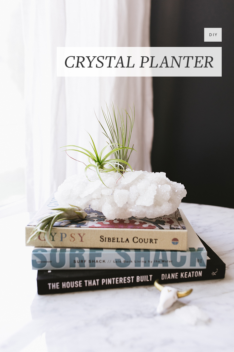 Use household cleaning supplies to cook up these giant, homemade crystal planters with an inexpensive price tag and a luxurious look. Get the full #DIY tutorial at Jojotastic.com
