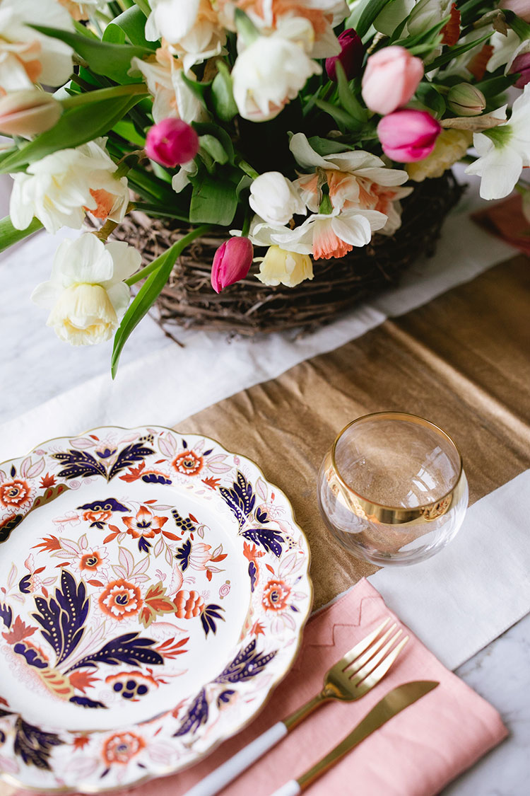 An Eclectic Brunch Tablescape for Three on Mother's Day in a small space. #smallspaces #entertaining #tablescape #spring #mothersday #brunch #springtablescape
