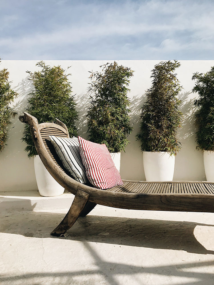 rustic-luxe outdoor rooftop patio in Sayulita, Mexico #patio #outdoor #outdoorfurniture