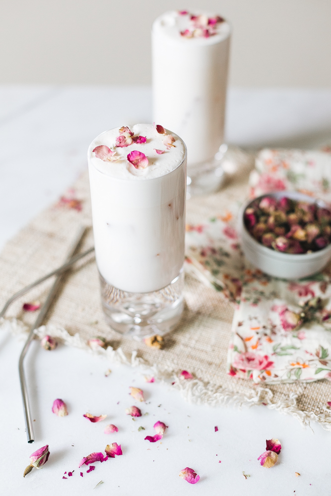 Classic cocktail recipe, the Ramos Gin Fizz with a twist, orange blossom water is swapped for rose water in these easy to make frothy cocktails. jojotastic.com #cocktail #recipe #cocktailrecipe #ginfizz #ramosginfizz #rosewater #gin #gincocktail #ginrecipe