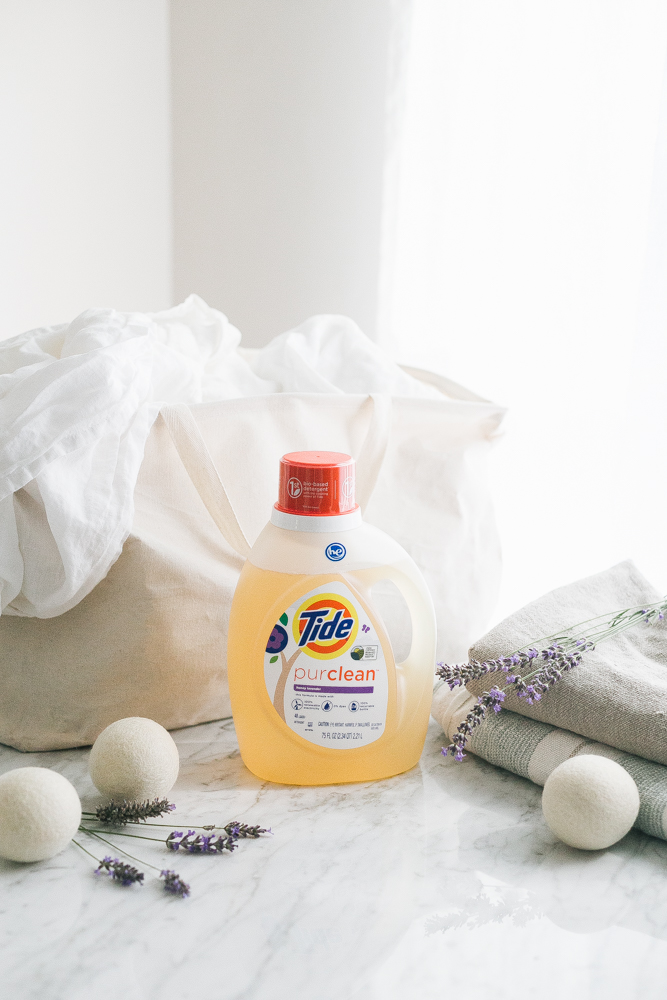 How To Go Green In Your Laundry Room with @Tide purclean plant-based laundry detergent. Eco Friendly, Green Laundry Tips. #tidepurclean #sponsored #laundryroom #laundrydetergent #gogreen #plantbased