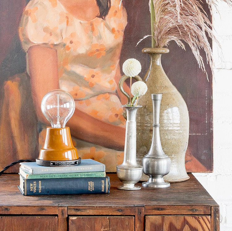 Jojotastic Reader Appreciation Week Giveaway: Schoolhouse Electric! Enter to win $500 to shop home decor, bedding, lighting, and hardware from @schoolhouseelec! #giveaway #entertowin #gratitude #grateful