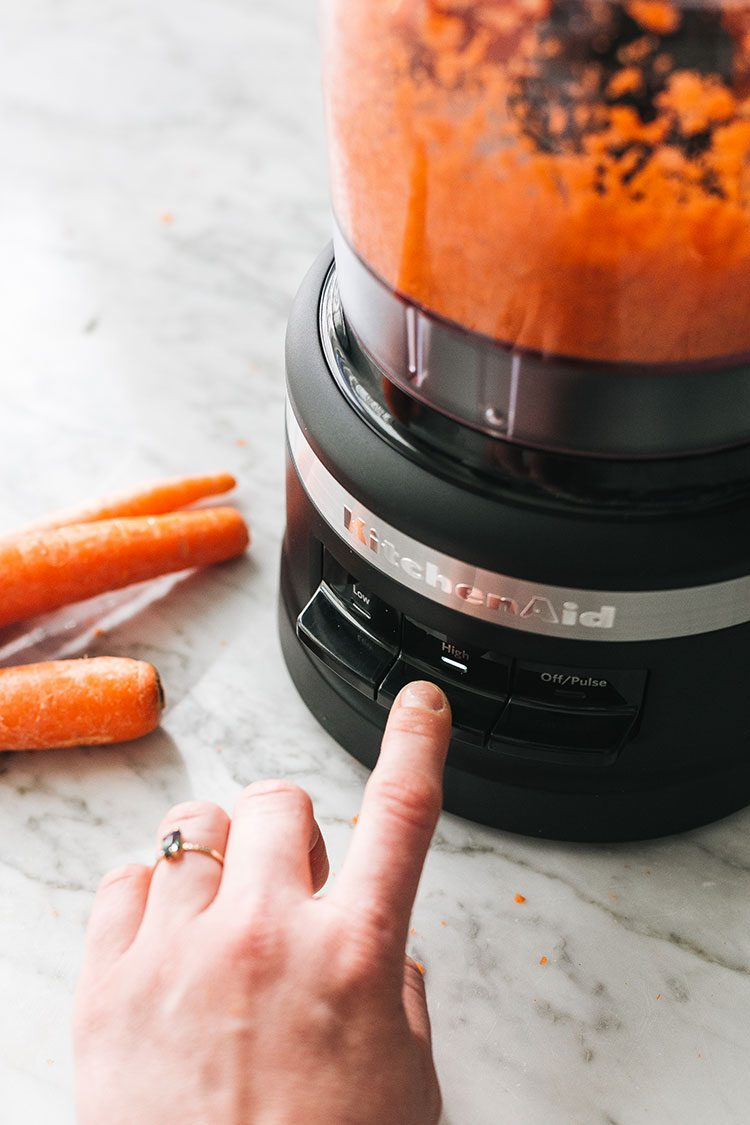 PSA: You Need This KitchenAid Food Processor! Meet the @kitchenaidusa 7 Cup Food Processor with its innovative design to allow you to slice, chop, shred, and puree with ease. Head to jojotastic.com for a full unboxing, and details about why this food processor is so easy to use, clean and store! #ad #marksofmaking #kitchenaid #foodprocessor