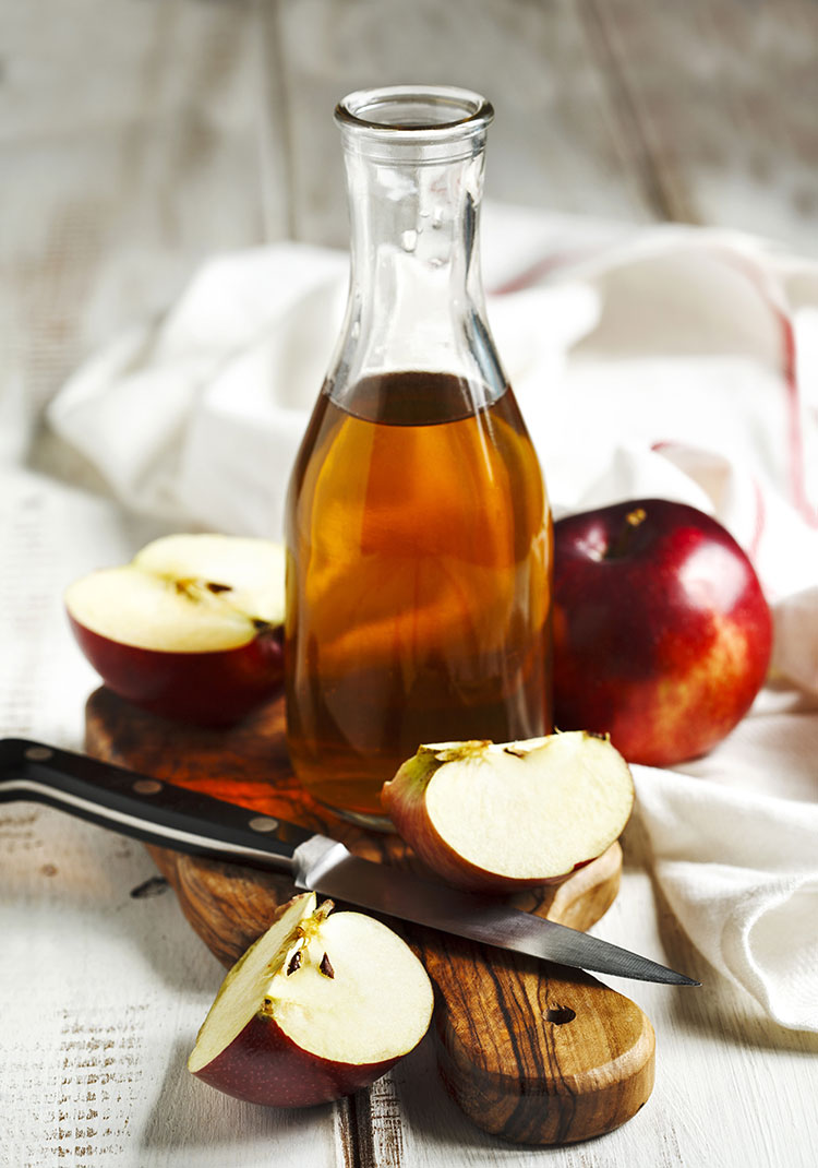 5 Benefits of Apple Cider Vinegar in Your Daily Life! such as weight loss, natural cleaner, cold remedy, and more. #applecidervinegar #wellness #selfcare #ACV #benefitsofapplecidervinegar