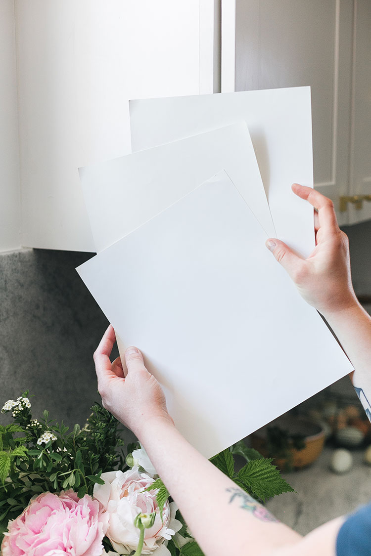 My Best Tips to Help You Choose the Right Shade of White Paint! #ad by @sherwinwilliams #whitepaint #fixerupper #paint #renovation #remodel #painting