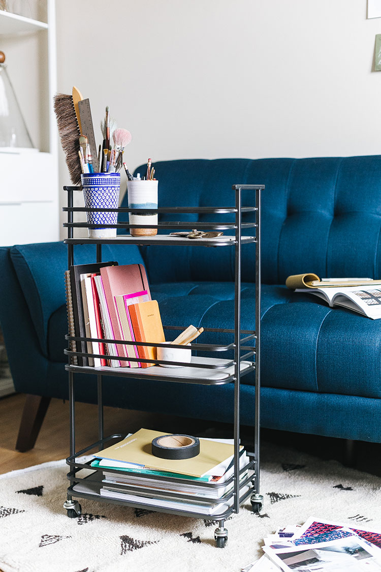 3 Easy Steps to Update Your Studio Office with CORT Furniture Outlet! Learn more about why I love shopping @CORTOutlet for new and previously leased furniture + tips for creating an inspiring workspace. #myCORTStyle #CORToutlet #ad #homeoffice #studio #workfromhome #officespace #workspace #bluesofa #arclamp #interiordecor