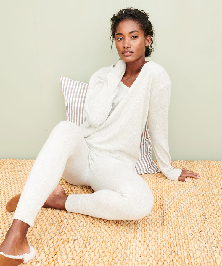 Looking for Stylish Ethical Fashion Brands? Check Out These 5 Companies! List includes reviews of MATE, Everlane, Reformation, Jenni Kayne, and Amour Vert. #sustainability #sustainablestyle #ethicalfashion #ethicalbrands #ecoliving #sustainablelifestyle #ecofashion #ecostyle