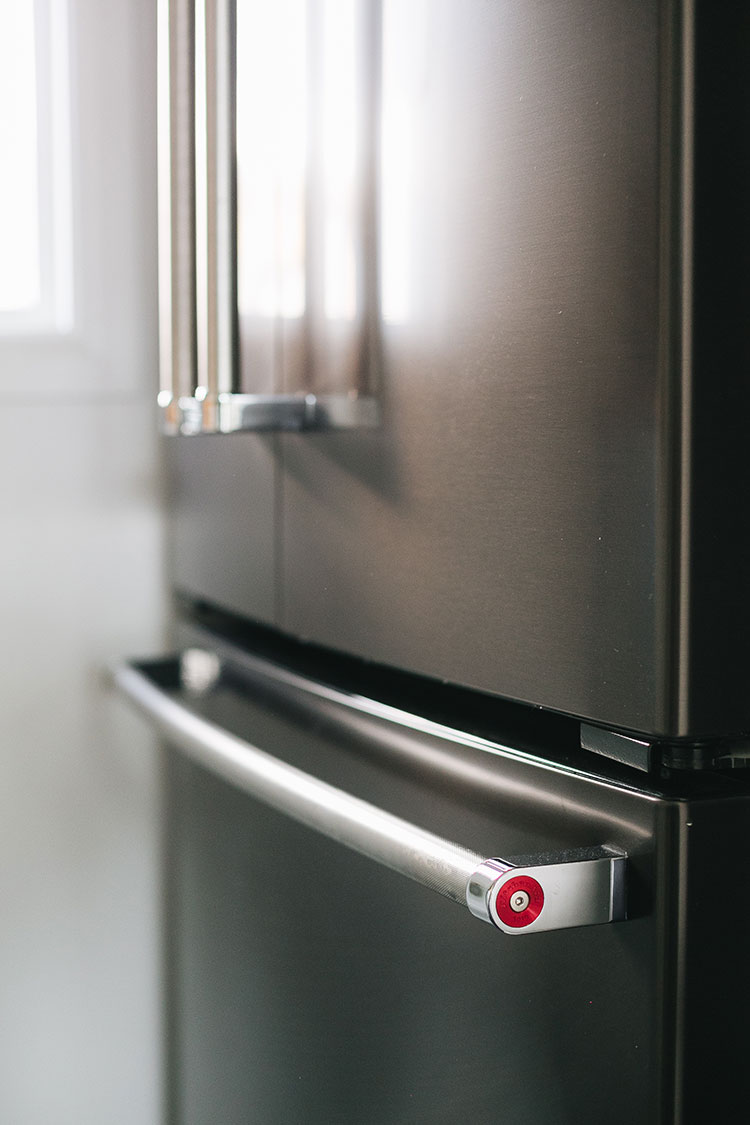 Easy Tips to Help You Care for Black Stainless Appliances. Small kitchen inspiration with @kitchenaidusa. Black Stainless Steel refrigerator, oven, cooktop, hood, and dishwasher-- perfect for a small space or tiny home. #ad #MarksofMaking #kitchen #kitchenrenovation #renovation #oldhomerenovation #smallspaces #smallkitchen #kitchenrenovation #kitchenmakeover #kitchen #makeover #fixerupper