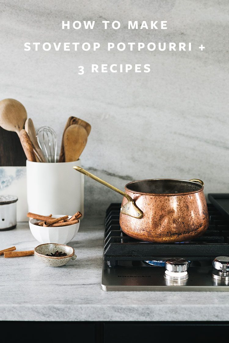 Make Your Home Smell Festive with These 3 Stovetop Potpourri Recipes! How to make Stove top simmers DIY tutorial with cinnamon sticks, cranberries, vanilla extract, rosemary, juniper berries, and more. #stovetopsimmer #diy #fall #fallscents #entertainingtips #holiday #christmas #stovetoppotpourri #potpourri