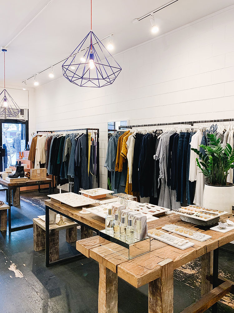 Shop These 8 Amazing Boutiques for Small Business Saturday! The ultimate gift guide for local Seattle shops. Click through to find the perfect Christmas or holiday gift for everyone on your list or go to Jojotastic.com for locally made, handmade, artisanal gifts in the PNW. #shopsmall #shoplocal #smallbusinesssaturday #smallbusiness #buylocal #seattle #PNW