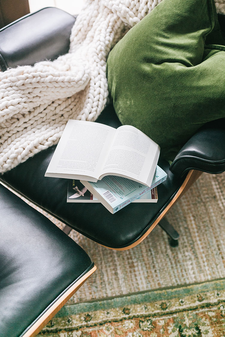Everything I Read in 2019 + My Book Recommendations for What You Should Read Next! #reading #bookreport #mustread #books #bookrecommendations