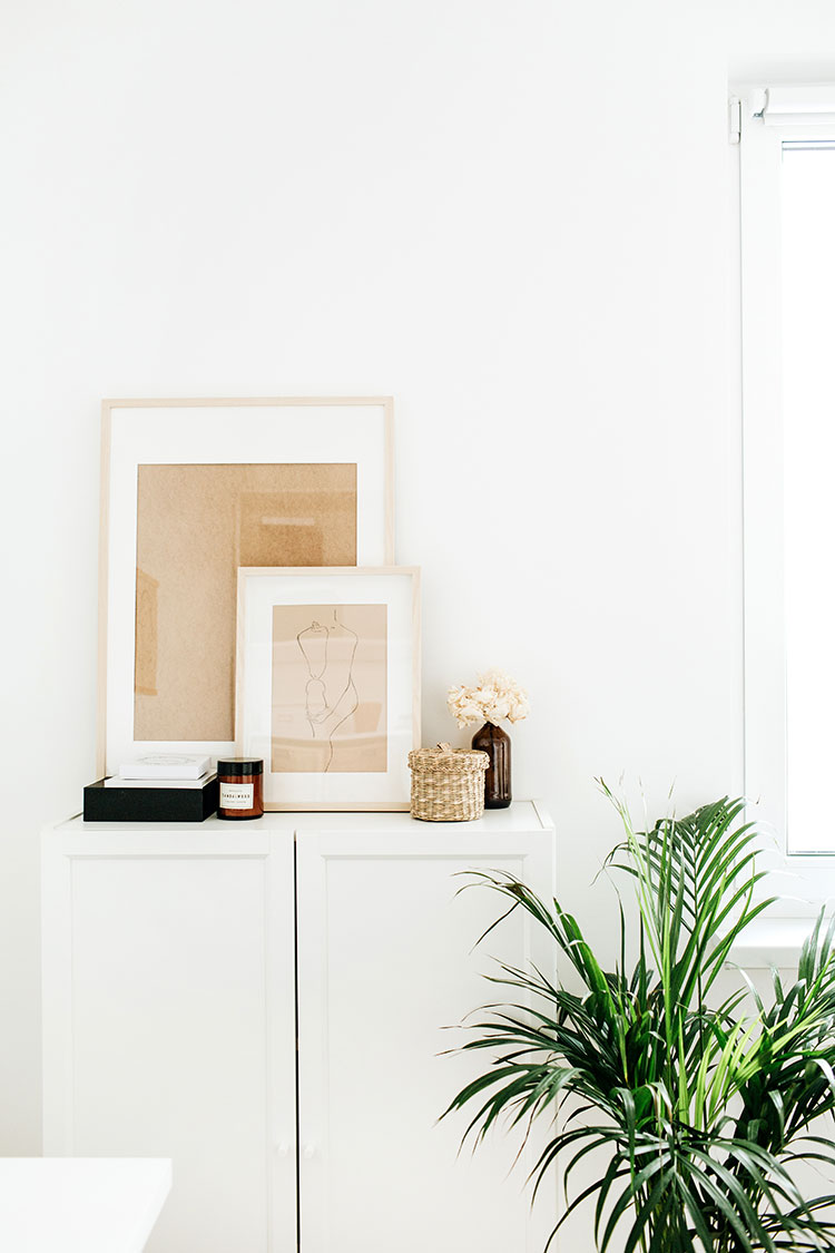 Searching for Affordable Home Decor? These Sources are Too Good to Ignore. Over 10 sources for affordable furniture, lighting, rugs, home decor and more. #affordabledecor #homedecor #affordablefurniture #furnituresources #interiordecor