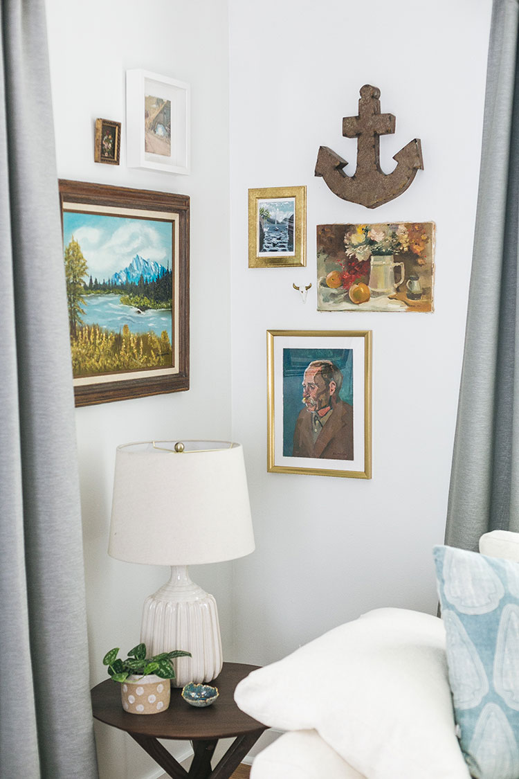 Our Tiny Gallery Wall & My #1 Tip for Finding the BEST Vintage Art! Plus, a  breakdown of what I paid for each oil painting, print, photo, and more. Gallery wall ideas fo small spaces, how to shop for affordable artwork #oilpainting #gallerywall #artwork #vintageart #vintageartwork #smallspaces #tinyhouse #livingroom #howtohangart #howtobuyart