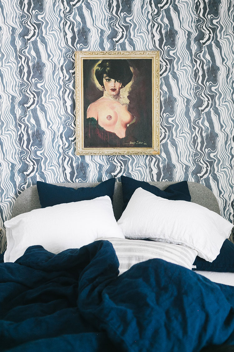 How We Made Our Bedroom Even More Luxurious with Magic Linen bedding! @magiclinen navy blue duvet cover and euro shams with white linen sheets, a review of Magic Linen stonewashed linen! #linenbedding #linensheets #magiclinen #bedding #bluebedroom #bluebedding #linen