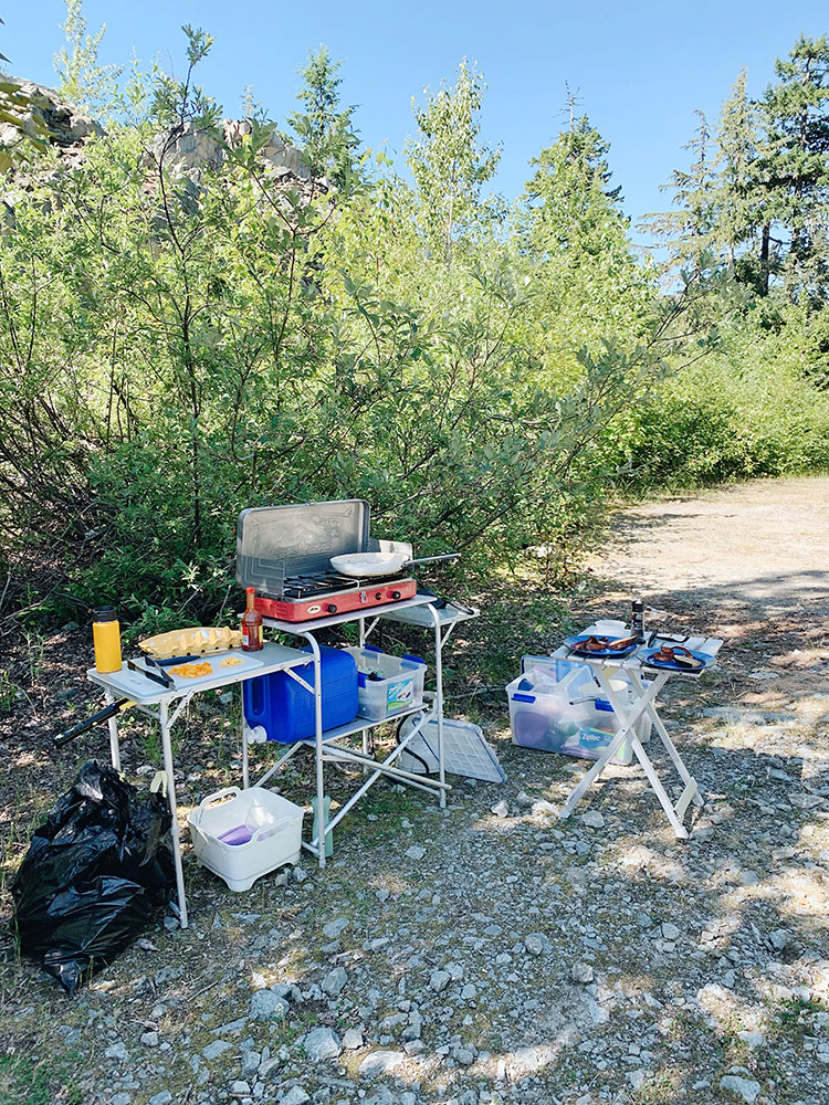 Car camping essentials for camping off the grid, van life, mountain adventures, hiking, and rock climbing! Every single piece of outdoor gear and equipment we take in the Pacific Northwest in our Vanagon #vanlife #camping #hiking