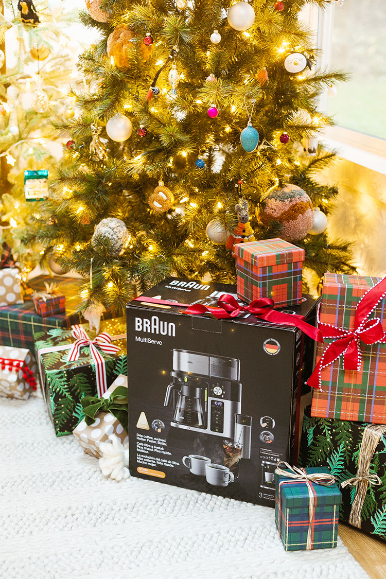 Jojotastic Reader Appreciation Week Giveaway featuring @Braunhousehold_NA! #AD Enter to win these huge giveaways — today's features my favorite coffee maker the Braun MultiServe, plus a great burr grinder and 2 bags of coffee beans on jojotastic.com #giveaway #entertowin #gratitude #grateful