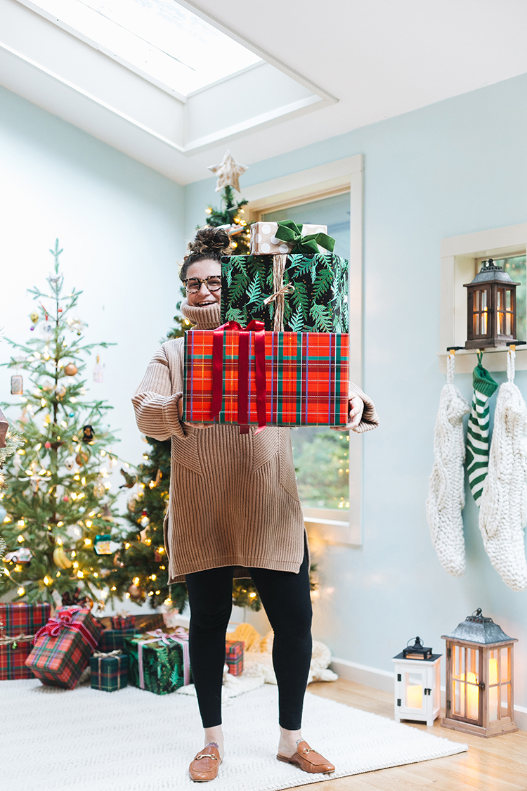 My Favorite Gifts to Give for Pretty Much Anyone on Your List including gift ideas and stocking stuffers from small businesses and under $100!