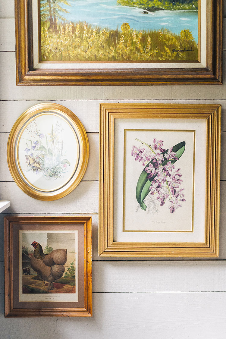 Tips for Choosing the Right Artwork for the Home. how to pick artwork, how to style artwork, where to buy affordable art, interior design tips and tricks